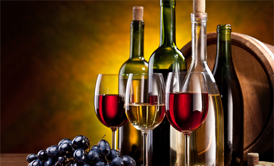 Pháp và Italia chiếm tới 40% sản lượng rượu vang toàn thế giới. Nhưng hai quốc gia này cũng… nốc gần hết và chỉ xuất khẩu khoảng 1% sản lượng của họ mà thôi. Trong các nước nói tiếng Anh, Autralia là quốc gia tiêu thụ nhiều rượu vang nhất.