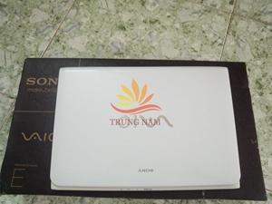 Laptop Mini Sony Vaio SVE11115CVW
