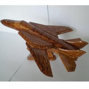 Mô hình máy bay phản lực bằng gỗ dừa