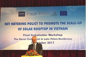 Thúc đẩy mạnh phát triển điện mặt trời nối lưới tại việt nam